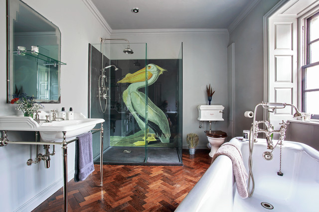 Drummonds-eclectic-bathroom